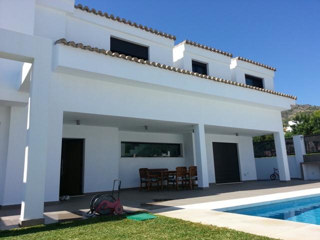 Fantástica villa moderna Benalmadena
